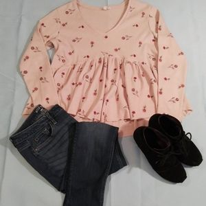 Taylor & sage long sleeve pink floral top